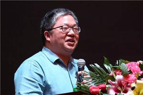 图2.1-资深媒体人、华夏陶瓷网总编刘小明_副本.jpg