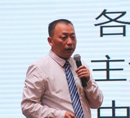 图1.5-中国陶瓷家居网总裁李作奇_副本.jpg